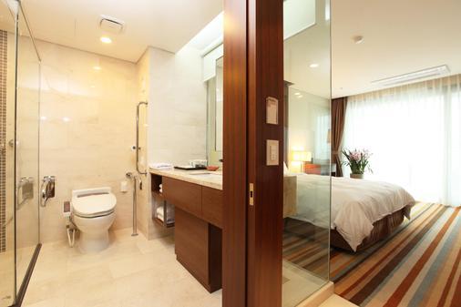 Raon Hotel & Resort - Jeju City - Kylpyhuone