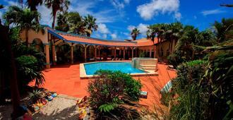 Goood Resort - Kralendijk - Pool