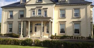 Westbrook Country House - Castlebar - Building