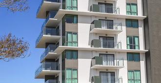 羅克漢普頓凱斯特公寓 - 洛坎普頓 - 洛克翰姆敦 - 建築