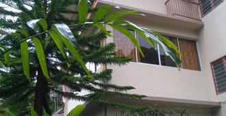 Krs Pines - Tanah Rata - Gebäude