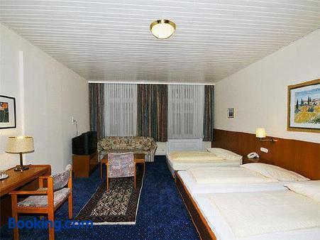 Hotel Bei Der Esplanade - Hamburg - Phòng ngủ