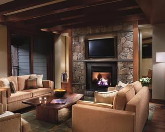 The Ritz-Carlton Lake Tahoe - Truckee - Obývací pokoj