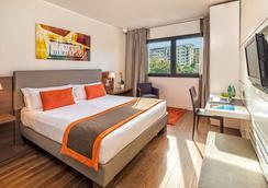 H10 Roma Città - Rome - Bedroom