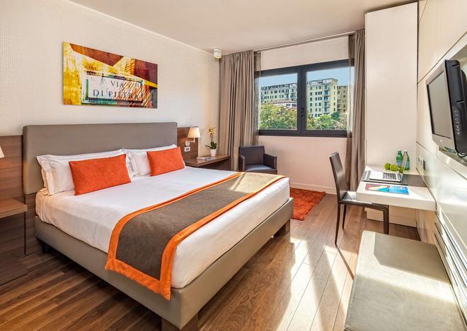 H10 Roma Citta - Rome - Bedroom