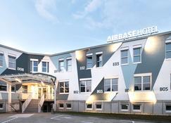 Airbase Hotel - Kalsdorf bei Graz - Gebouw