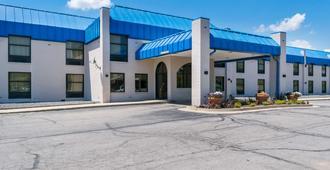 Motel 6-Richmond, In - Richmond - Edificio