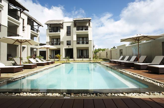 Grand Bay Suites - Grand Baie - Piscina