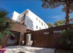 Hôtel Host & Vinum - Canet-en-Roussillon - Rakennus