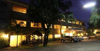 โรงแรมศรีสมไทยเฮ้าส์ - อุบลราชธานี