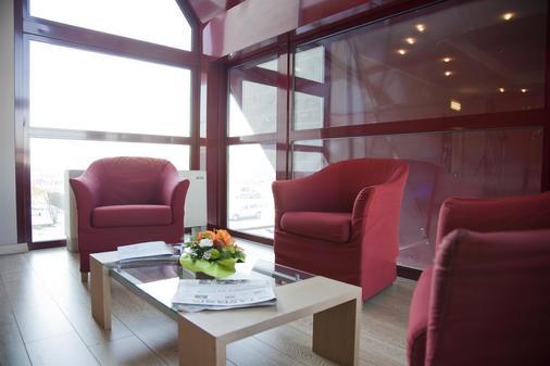 Tulip Inn Turin South - Moncalieri - Living room