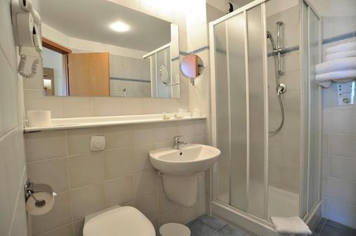 Tulip Inn Turin South - Moncalieri - Bathroom