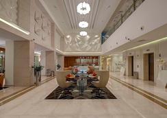 Royal Continental Hotel - Garhoud - Lobby