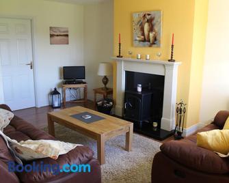 Berdie Beach House - Enniscrone - Wohnzimmer