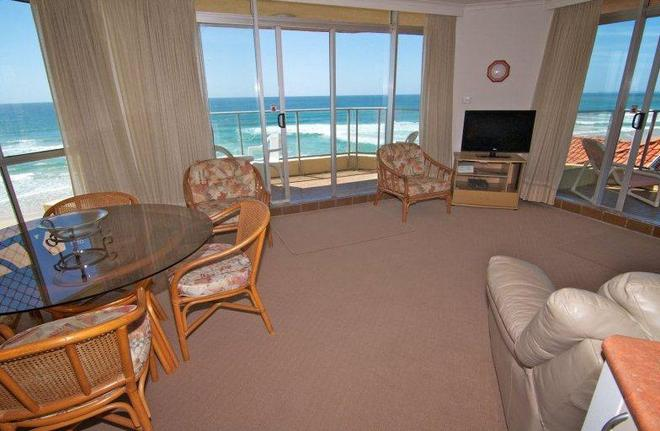 Foreshore Apartments - Mermaid Beach - Sala de estar