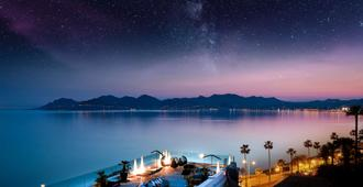 Radisson Blu 1835 Hotel, Cannes - Cannes - Outdoor view