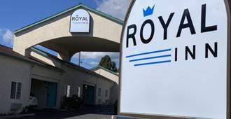 Royal Inn - Watsonville - Building