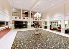 Hawthorn Suites by Wyndham Louisville East - Louisville - Lobby