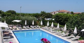 Hotel Ca' Mura - ברדולינו - בריכה