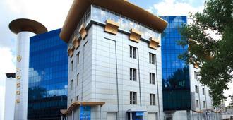 СПА-Отель Цунами - Днепр