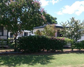 Cypress Pines Studio Villas - Шиншилла - Вид снаружи