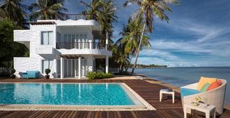 Villa Nalinnadda Petite Hotel & Spa, Adults Only (12+) - קו סאמוי - בריכה