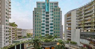 Sheraton Surabaya Hotel & Towers - Surabaya - Edificio