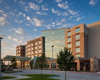 Hyatt Place DFW - Euless - Building