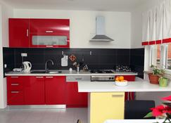 Apartments Karisima - Korčula - Kuchnia