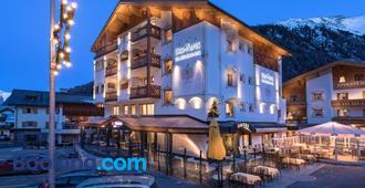 Hotel des Alpes - Samnaun - Building