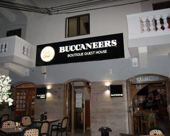 The Buccaneers Boutique Guest House - Saint Paul's Bay - Building