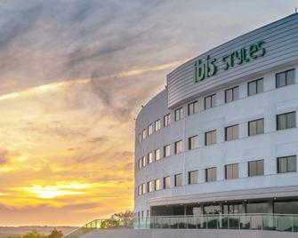 ibis Styles Sao Mateus - Sao Mateus - Building