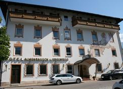 Almenrausch und Edelweiß - Garmisch-Partenkirchen - Building