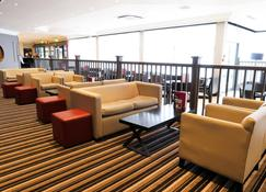 Crowne Plaza Manchester Airport - Manchester - Lounge