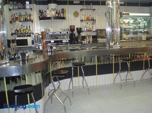 Hotel Restaurante Santos - Santomera - Bar