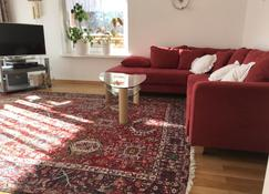4. 5 room apartment in the countryside on the farm - Vaduz - Pokój dzienny