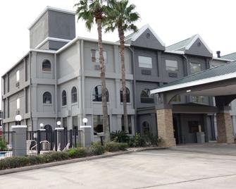 Country Inn and Suites by Radisson, The Woodlands - Shenandoah - Building