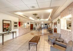 Econo Lodge - Vero Beach - Σαλόνι ξενοδοχείου