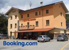 Hotel Mochettaz - Aosta - Bina