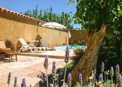 Hostal Tierra de Vinos - Cafayate - Pool