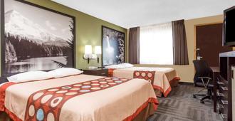 Super 8 by Wyndham LaGrande - La Grande - Bedroom