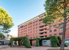 Novotel Suites Perpignan Centre - Perpignan - Rakennus