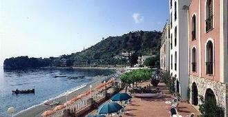 Hotel Lido Mediterranee - Taormina - Vista externa