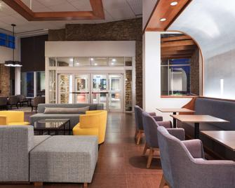 Hyatt Place South Bend Mishawaka - Mishawaka - Lounge