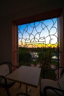 安姆里亞茲精品酒店 - 馬拉喀什 - 馬拉喀什 - 餐廳