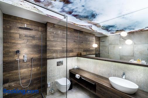 Hotel Posta - Demanovska Dolina - Bathroom