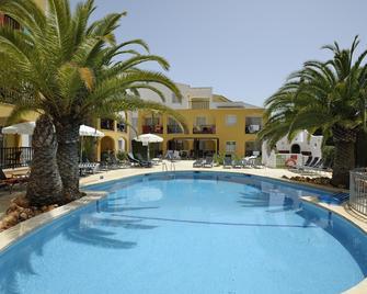 Aparthotel Club Simo - Cala Millor - Pool