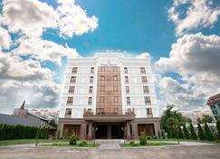 The Plaza Hotel - Αλμάτι - Κτίριο