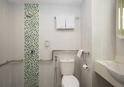 Zest Hotel Bogor - Bogor - Kylpyhuone