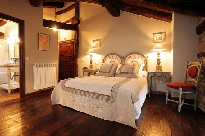 Hotel Casona De Quintana - Quintana - Bedroom